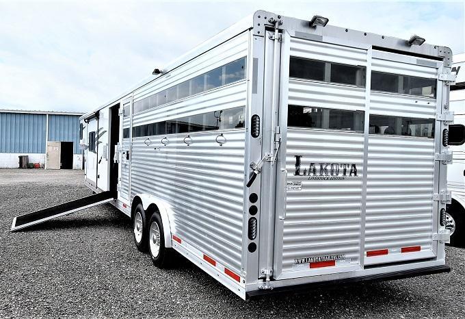 2019 Lakota Charger Stock Combo w/11' LQ Horse Trailer
