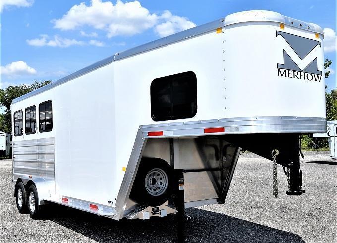 2022 Merhow Trailers Bronco Gooseneck 3-H Horse Trailer