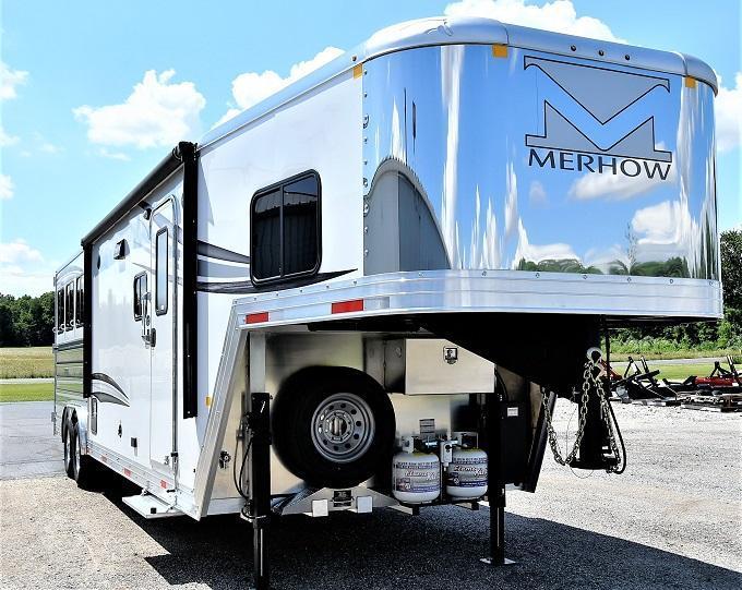 2022 Merhow Trailers Next Generation 8311RK-RS Horse Trailer