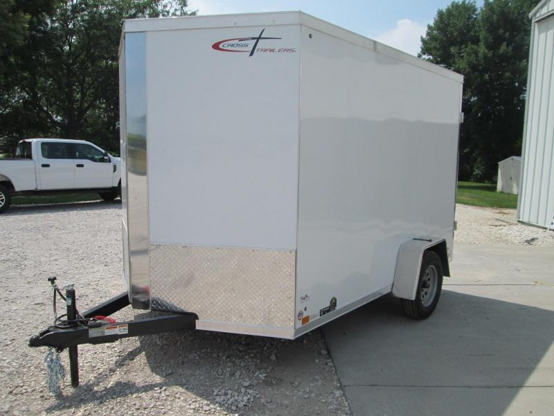2022 Cross Trailers / 7 X 10 Enclosed /Cargo Doors