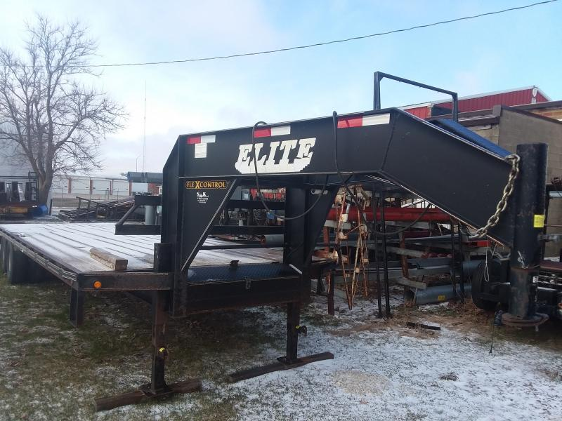 2010 Elite Trailers 30' GN TD Equipment Trailer