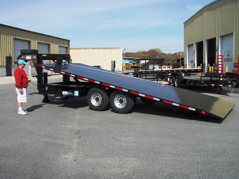 Wright Gooseneck Tilt trailer