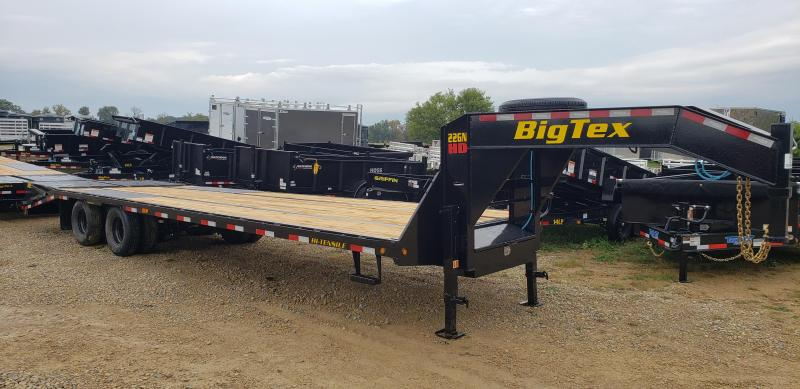 2022 Big Tex Trailers 22GN-25+5 Equipment Trailer with Mega Ramps