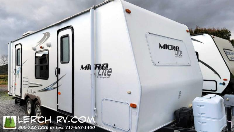 2011 Forest River Flagstaff Micro Lite 25DS