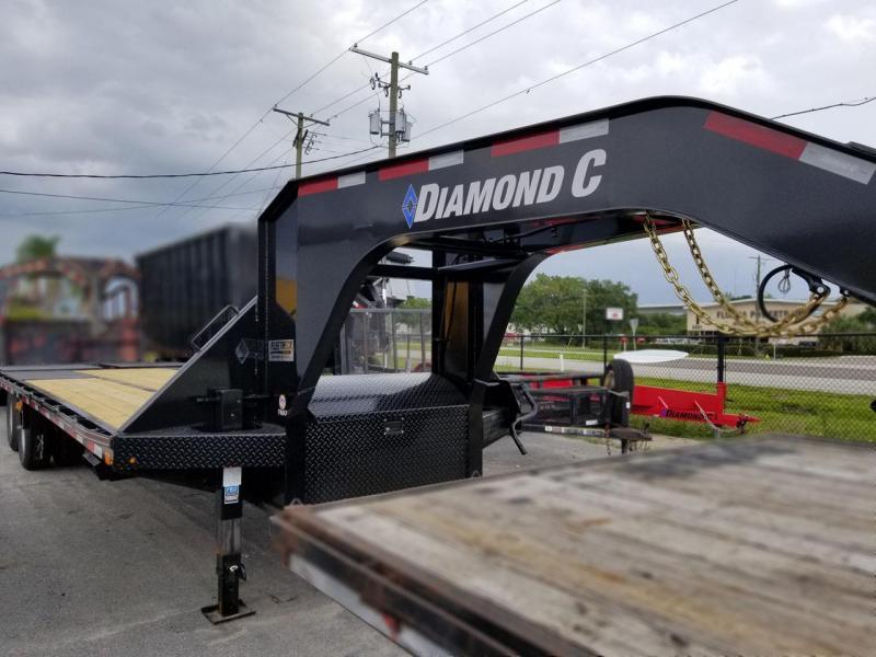 Diamond C Trailers FMAX210 20+5 (25') Goose Neck Equipment Trailer