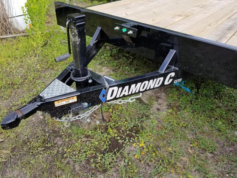 Diamond C Trailers GTF  20'x83 Carhauler
