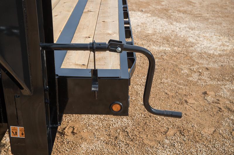 Big Tex Trailers 22GN-20+5 Mega Ramps Equipment Trailer 25'