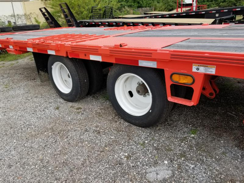 2020 Diamond C Trailers FMAX212-(32') Hydraulic Dove Tail Flatbed Trailer