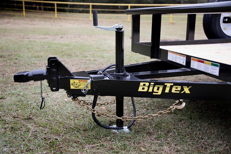 Big Tex 70PI-18' Trailers Utility Pipe Top Landscape