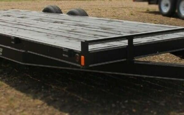 2020 Rainbow Trailers 16' Deckover