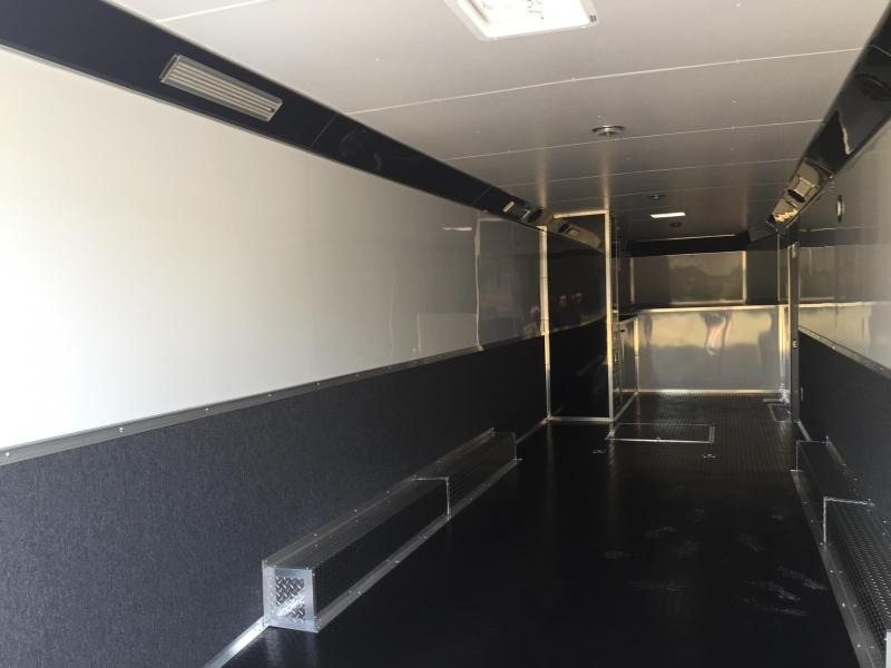 Enclosed Trailer 40 Gooseneck Continental Cargo Auto Master Car Racing Trailer Enclosed Trailers Cargo Trailers Concession Trailer Race Trailers Waco Dallas And Austin Texas