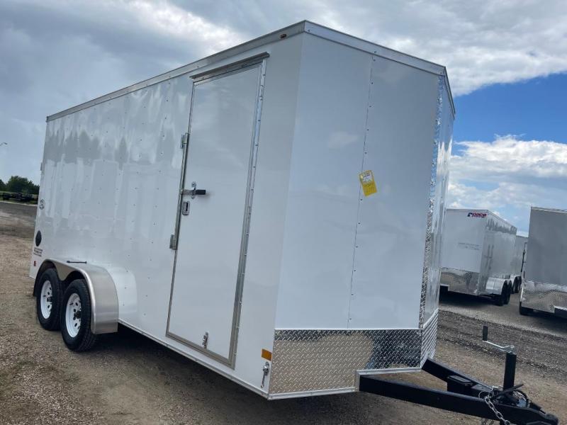 WELLS CARGO  7x16+2 v 7 FT INTERIOR  Enclosed trailer Cargo / Enclosed Trailer