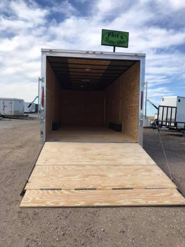 85x16TA + 2 v nose Car hauler Enclosed Cargo Trailer