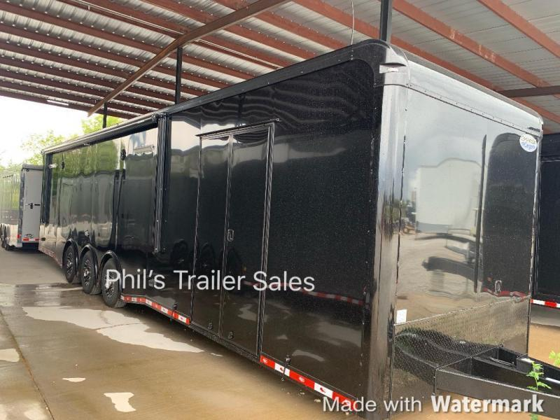 32 ' Continental Cargo ELECTRIC AWNING WHEEL WELL CABINET AUTOMASTER Car / Racing Trailer