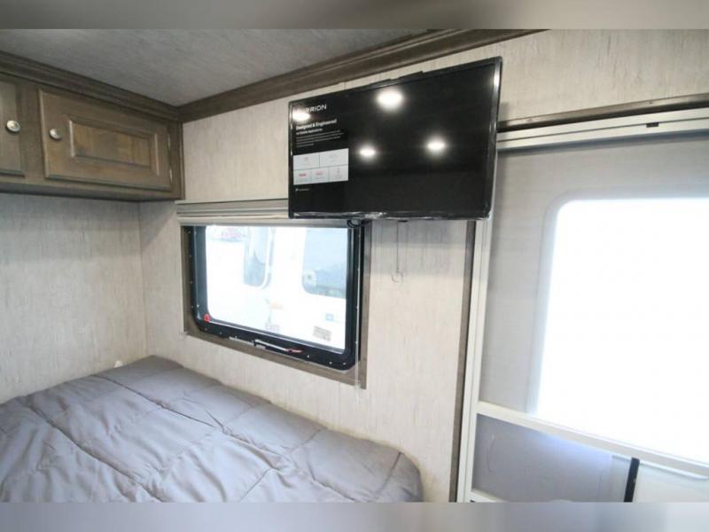 2022 20 TB2069 Sundowner Trailers Sundowner Living Quarters Travel Trailer RV