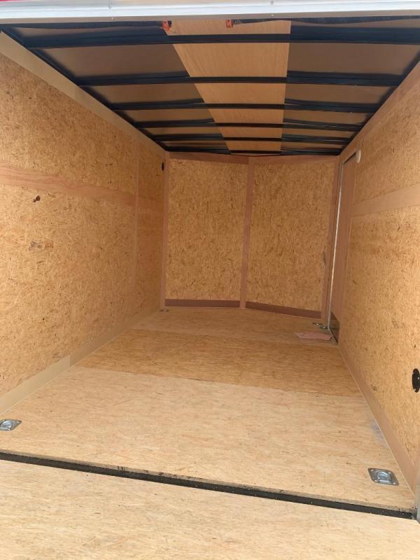 HAULMARK  7x16+2 v Enclosed trailer Cargo / Enclosed Trailer