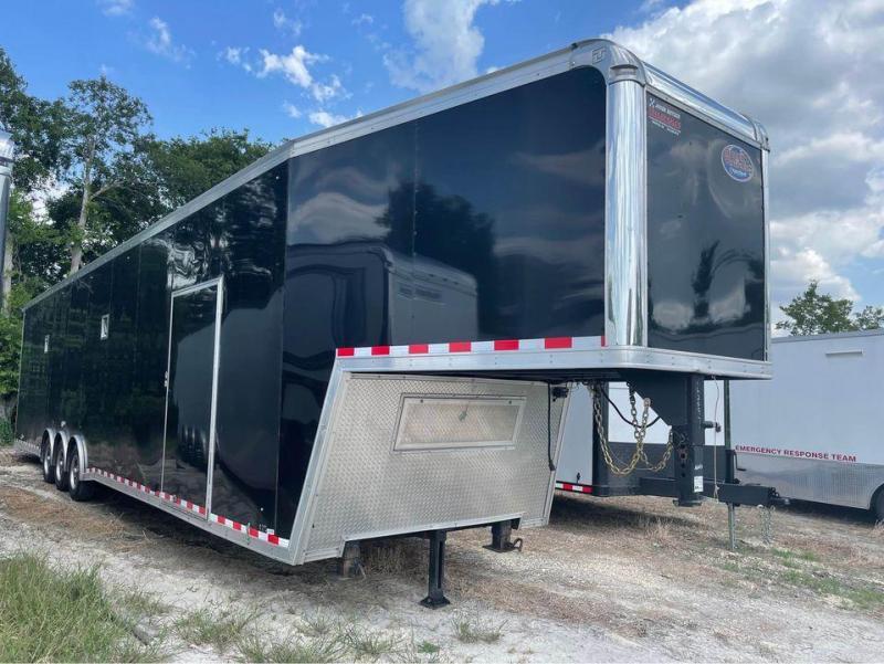 2019 United Trailers 48 ft gooseneck 8 1/2 tall race trailer Car / Racing Trailer