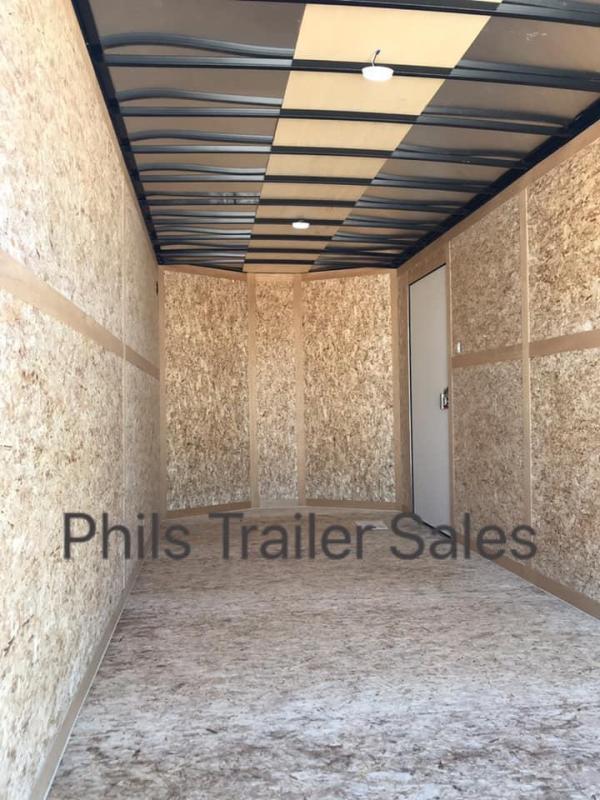 Wells Cargo COMMERCIAL GRADE  7X16  + V NOSE 7 FT INTERIOR ROAD FORCE V  Nose Enclosed Cargo Trailer