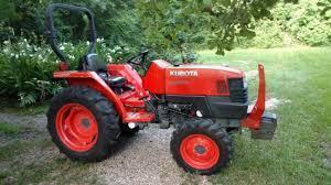 Kubota 2800 Hydrostatic Tractor