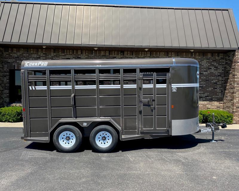 2020 CornPro SB-16 6S Livestock Trailer