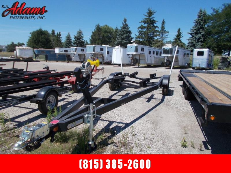 2021 Yacht Club 2460TB Boat Trailer