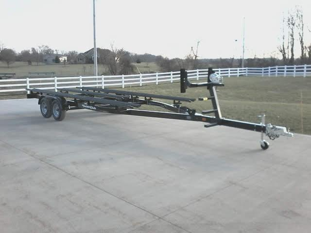2021 Yacht Club PB2250TG Pontoon Boat Trailer