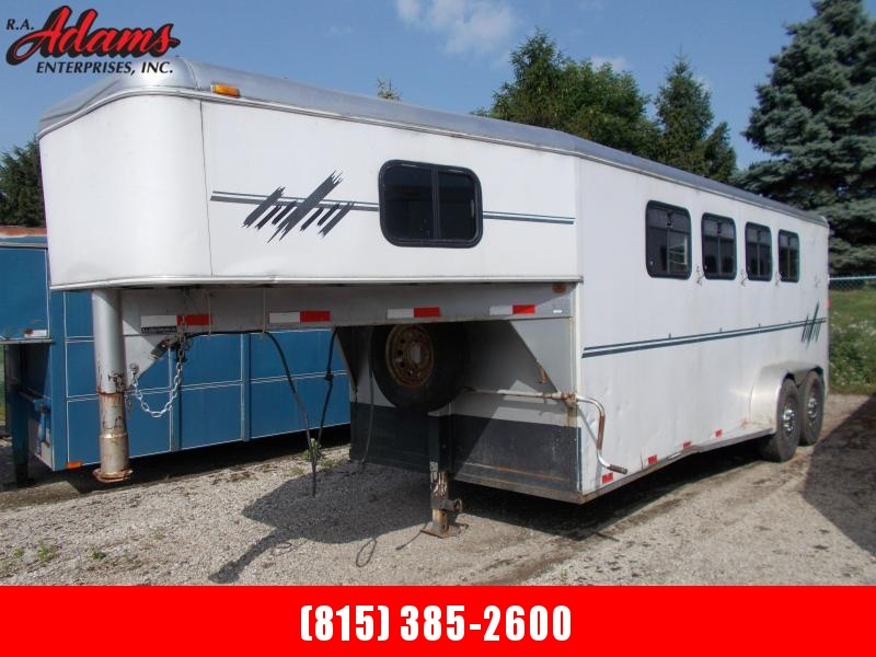 1998 Featherlite FL5840 4-Horse Trailer
