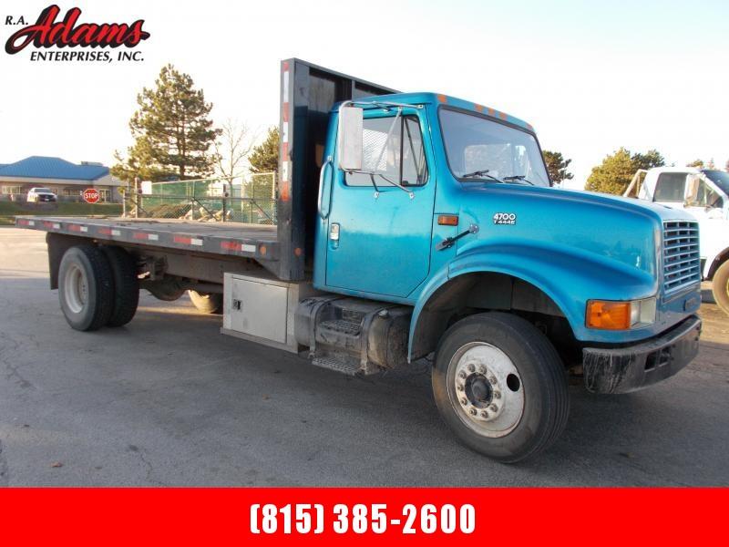 1996 International 4000 SERIES 4700 Flatbed Dump Truck