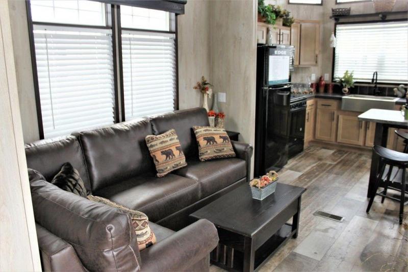 2022 Fairmont Homes Inc. FM100170-22