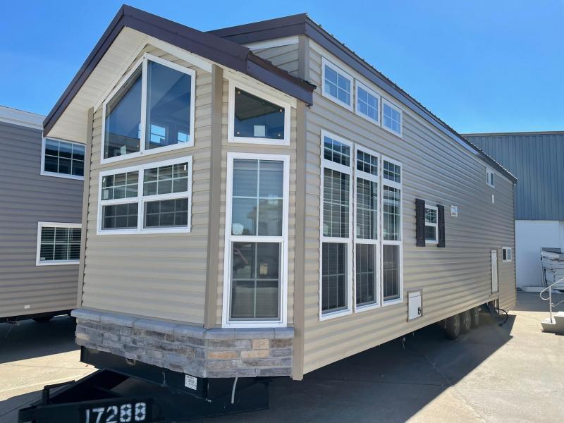2022 Fairmont Homes Inc. FM100131-22