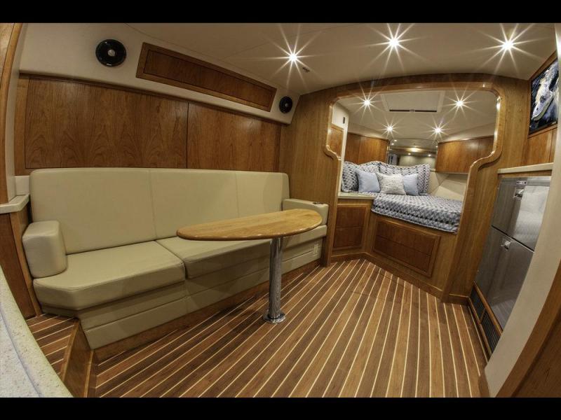 2022 Albemarle 36 Express