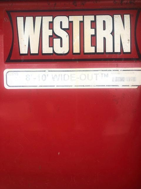 2012 Western Wideout 8'-10' Snow Plow