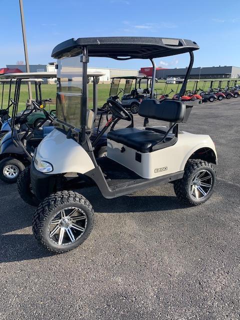 2016 E-Z-GO Gas Golf Cart 80- $7650