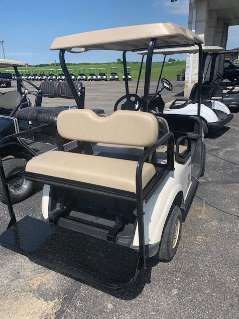 2016 E-Z-GO Golf Cart 44