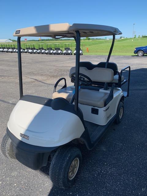 2016 E-Z-GO Golf Cart 38