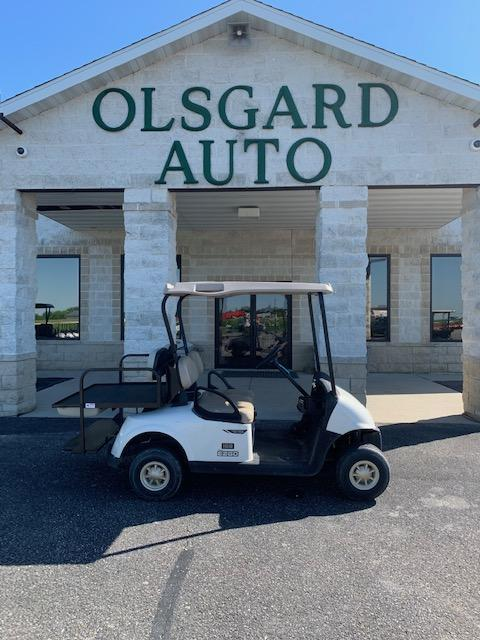 2016 E-Z-GO Golf Cart 38- $4350