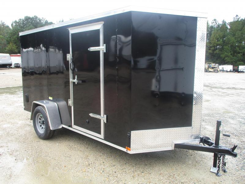 PRICE BUSTER 2021 Lark 6 X 12 Vnose Enclosed Cargo Trailer with Ramp Door