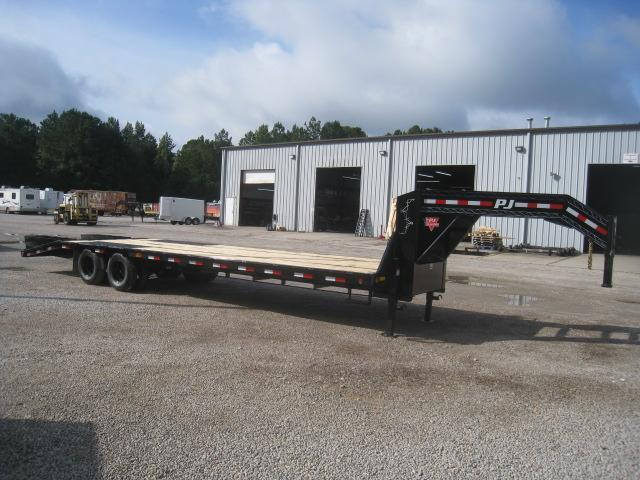 2021 PJ Trailers LD 30' Low Pro Gooseneck Deckover Equipment Trailer