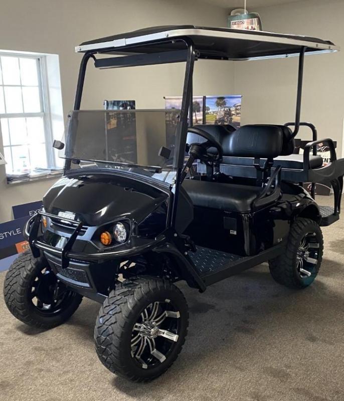 2021 E-Z-GO Express S4 Golf Cart
