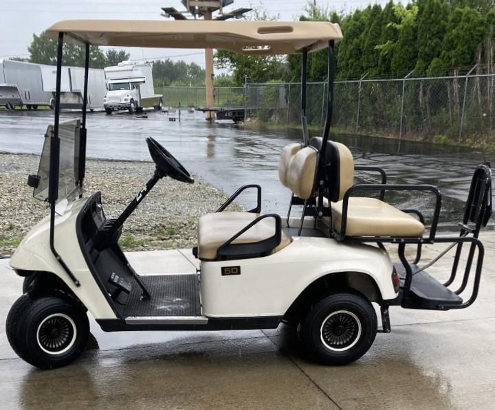 2012 E-Z-GO For Rent (4 Seater)