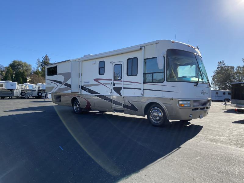 2004 NATIONAL DOLPHIN MOTOR HOME