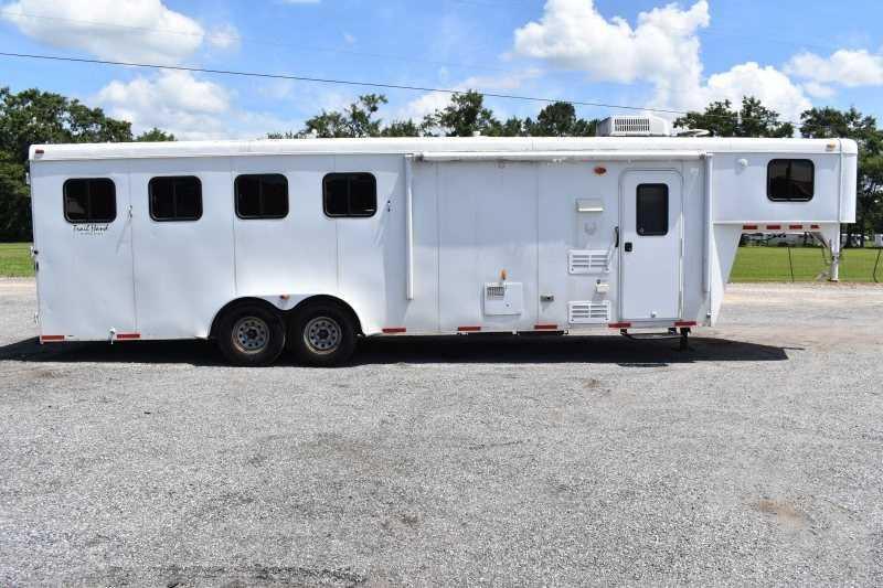 2013 Bison Trailers Trail Hand 7409 Horse Trailer