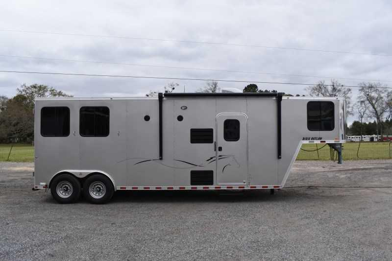 2021 Harmar Dixie Outlaw 8210LQ Horse Trailer