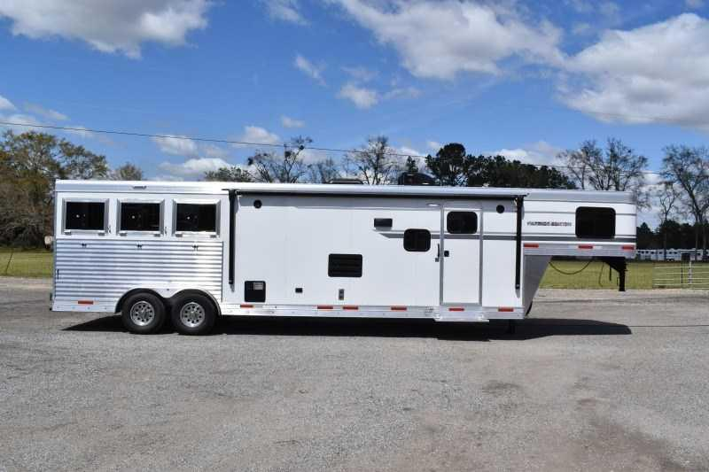 2021 SMC Horse Trailers SP8313SSR Horse Trailer