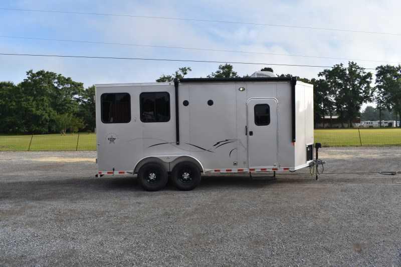 2022 Harmar Dixie Star 602DSBP Horse Trailer