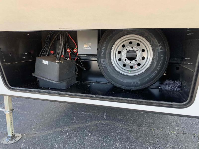 2021 Dutchmen Mfg 400RL Yukon Fifth Wheel Campers