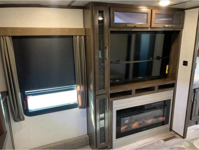 2021 Dutchmen RV Yukon 399ML