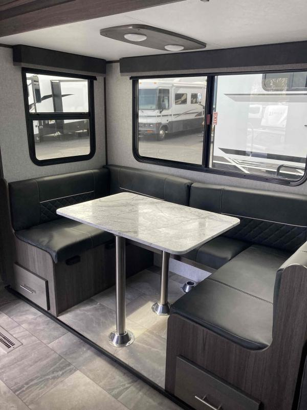 2021 Dutchmen Mfg 3021RBDS Kodiak Ultimate Travel Trailer