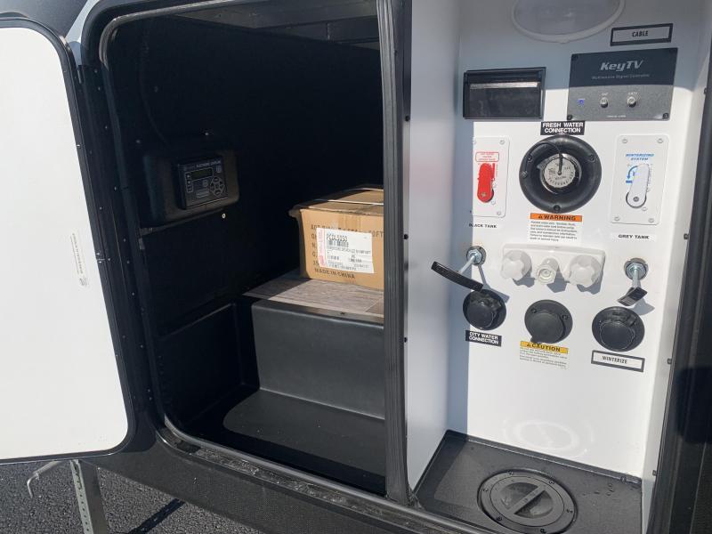 2021 Dutchmen Voltage Triton 3571 Toy Hauler RV