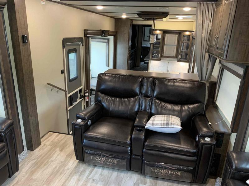 2020 Grand Design RV 382WB / 382WB-R Solitude Fifth Wheel Campers